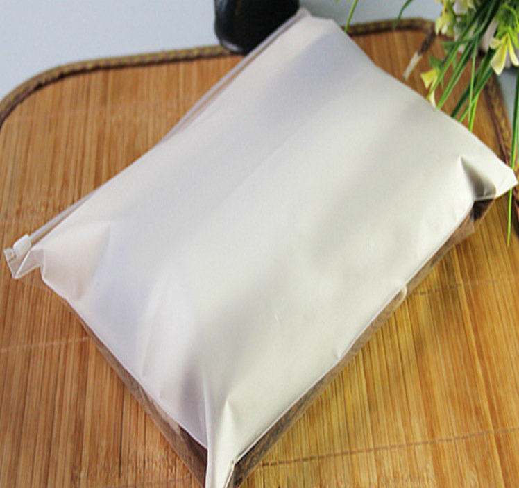 EVA Frosted Zipper Bag for Packing