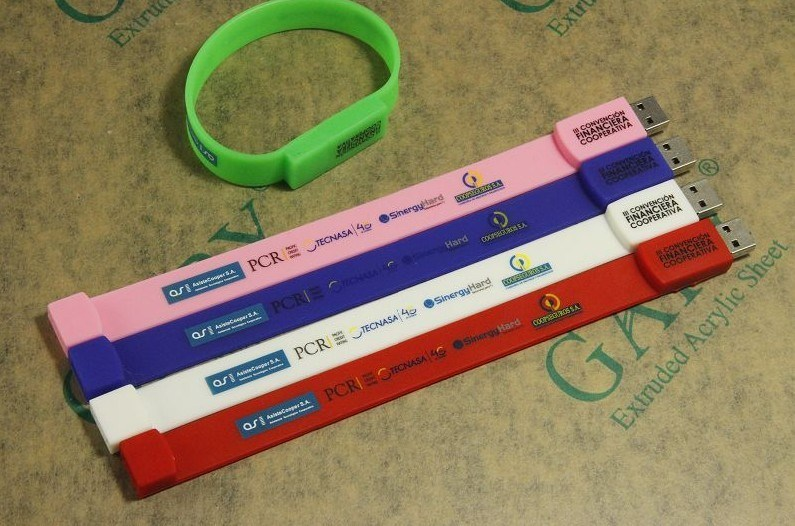 Customed Logo Bracelet USB Flash Drive