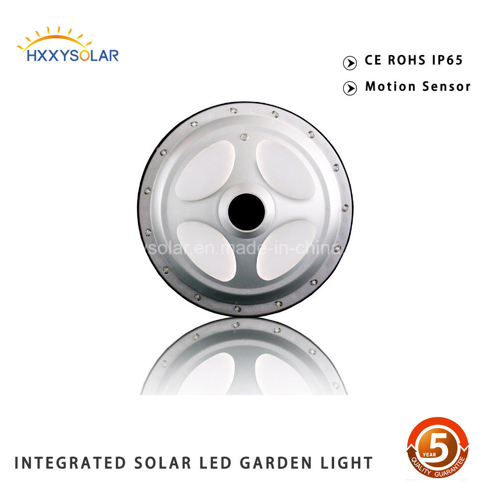 Auto Sensing 15W Solar Garden Lighting Pole Light UFO