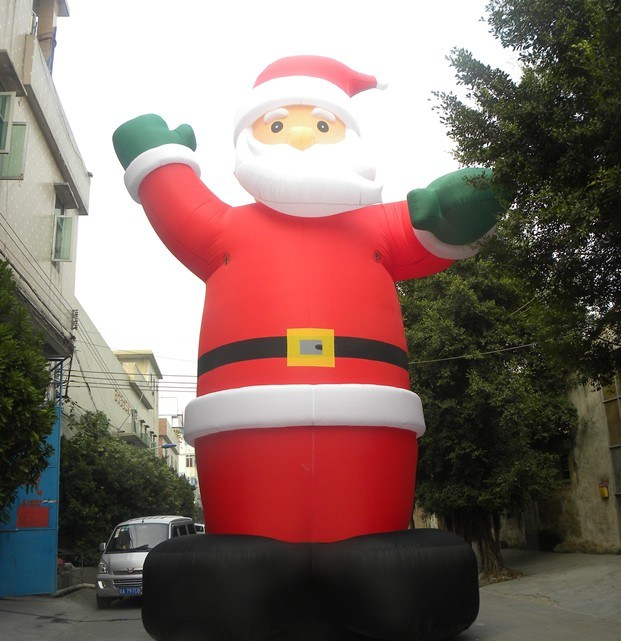 Giant inflatable santa clause christmas photos