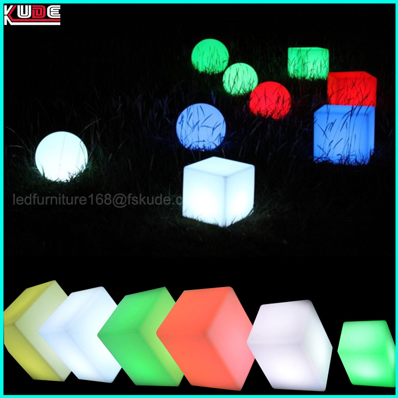 Waterproof Remote Control Illuminated LED Cube Seat 40cm