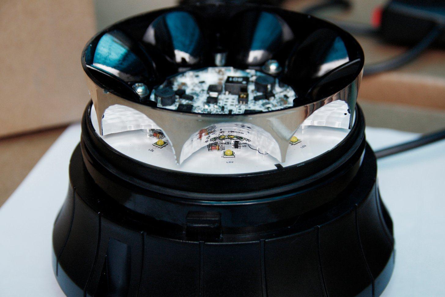 Senken ECE R65 Emcr10 Approved High Power Geniii 3W Flash Light LED Rotating Beacon