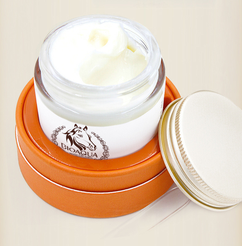 Nourishing Anti-Aging Whitening Cream Face Cream Bioaoua Horse Ointment Miracle Horse Oil Facial Cream