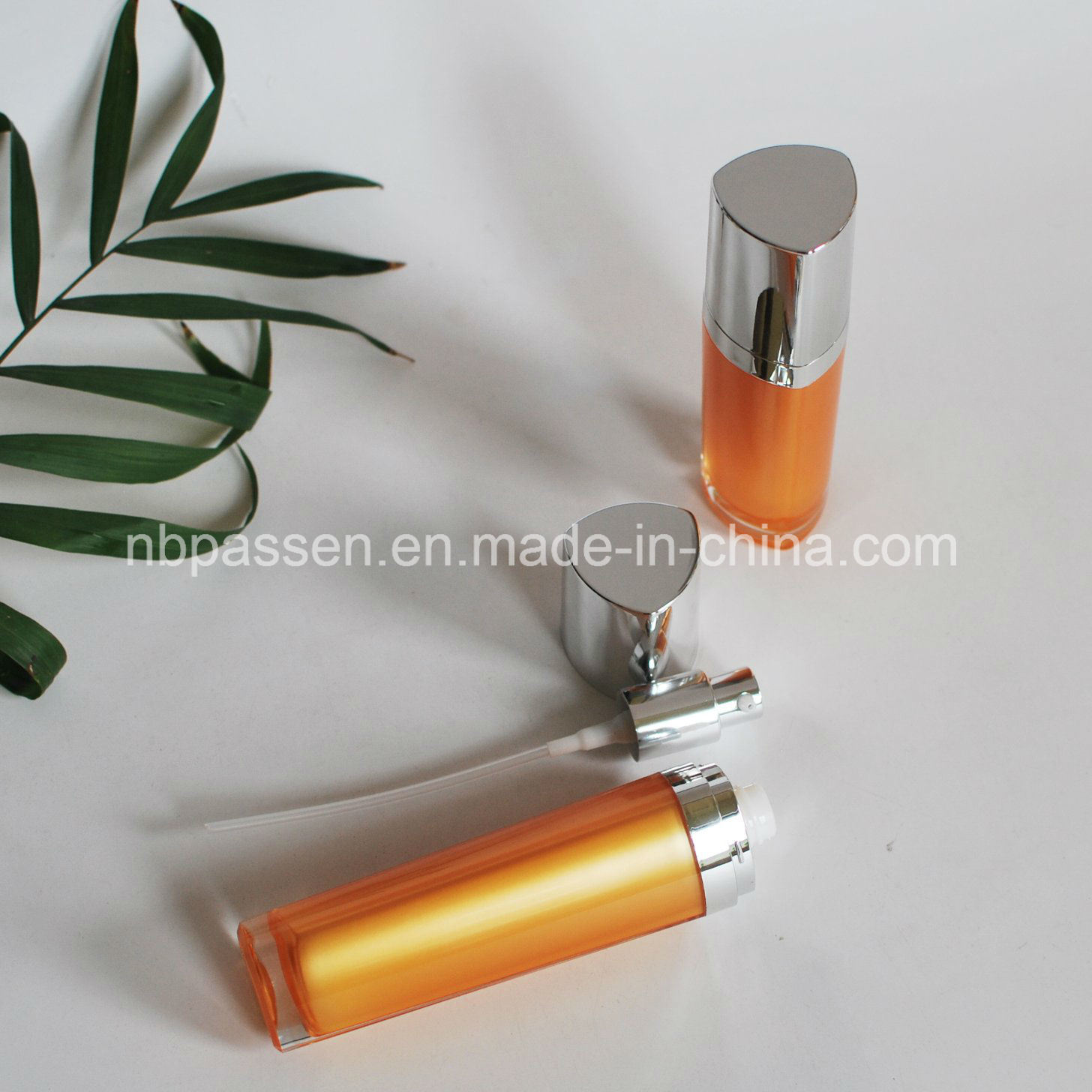 15/50ml Orange Acrylic Cosmetic Bottle with Lotion Pump (PPC-NEW-095)