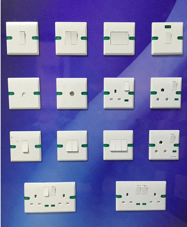 BS Electric Wall Switch and Socket European Univsersal Electrical Wall Switch