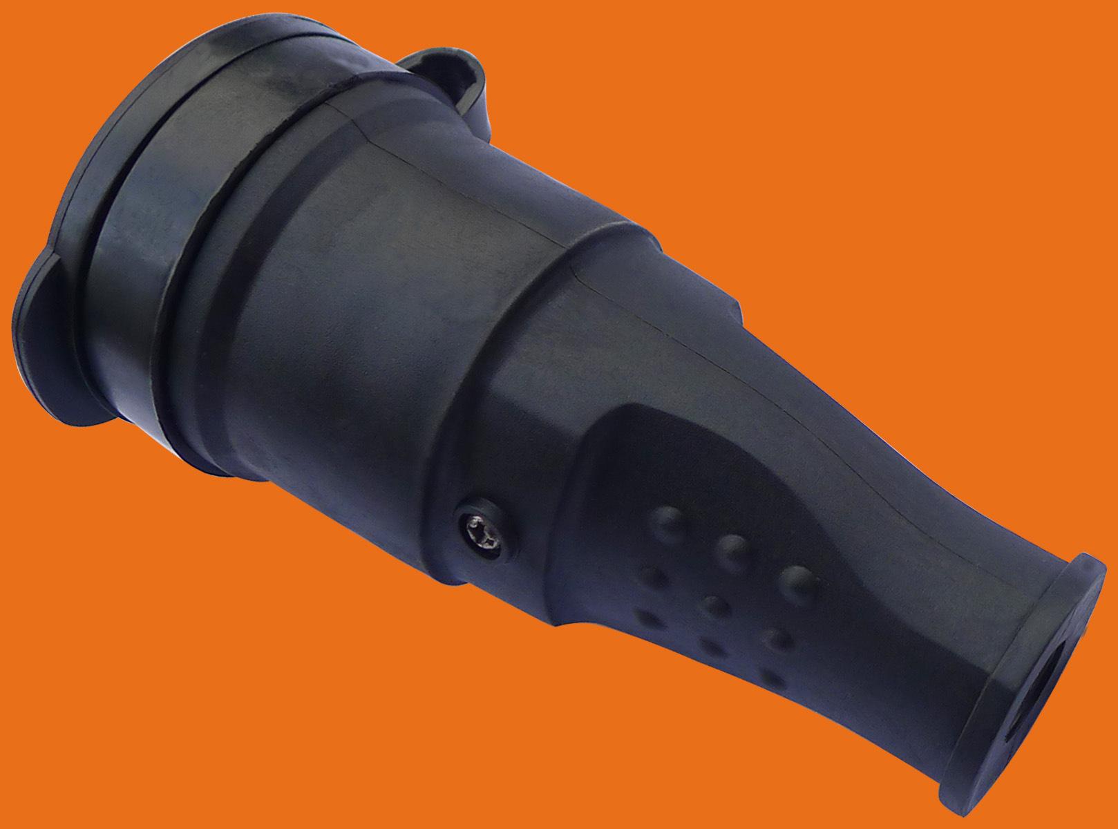 Elendax IP44 Grade Professional 16A/250V Schuko Rubber Industrial Plug/Rubber Connector/Rubber Schuko Plug and Socket (P6061)
