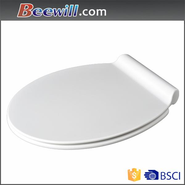 Modern White Duroplast Toilet Seat with Slim Lid Design