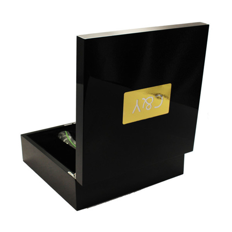 High Gloss Laquered Finish Custom Design Black Wood Gift Box