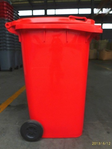 240L Plastic Waste Bin with Wheels