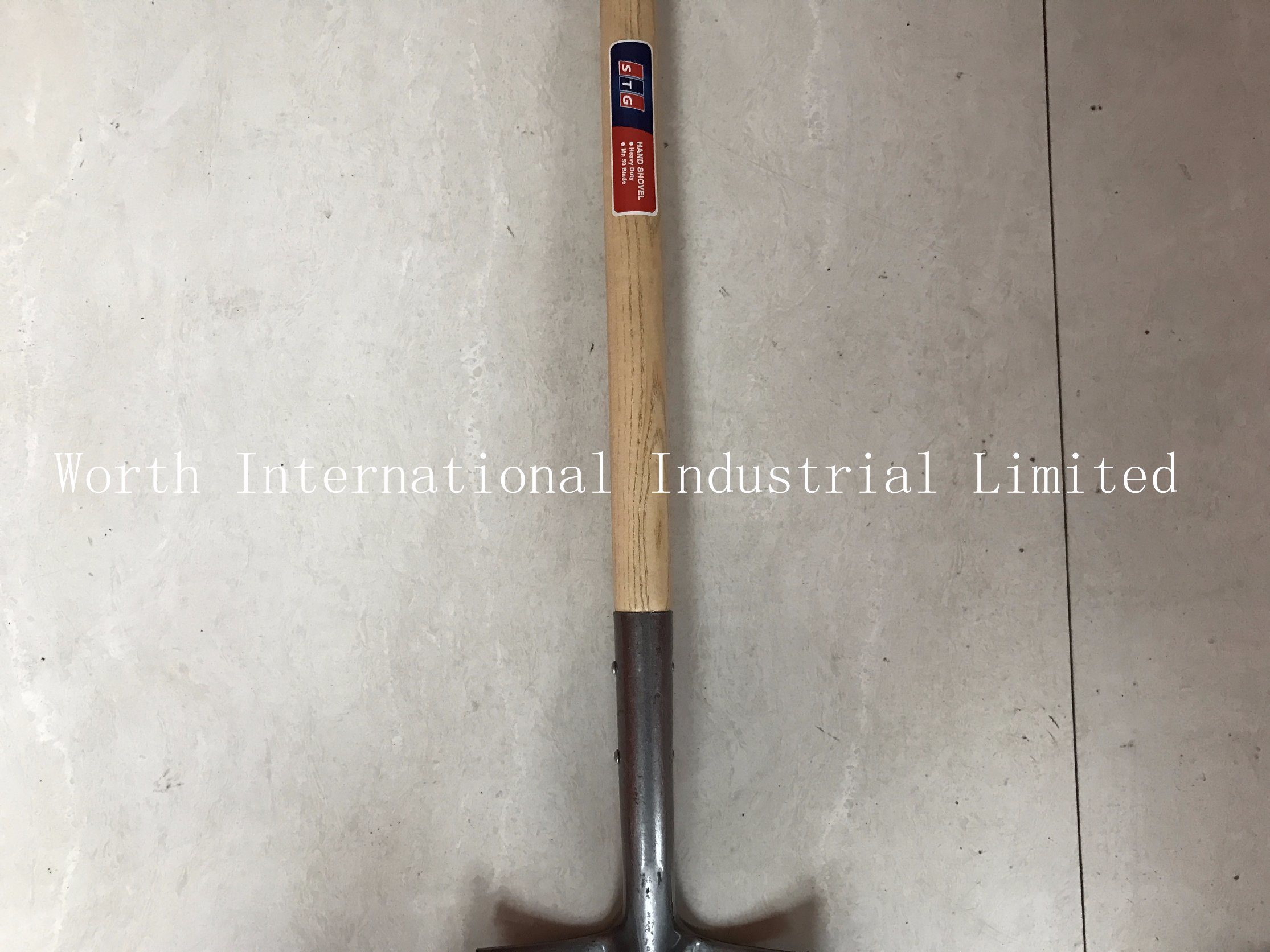 Long Wood Handle Shovel with First Grade Hard Wood Handle