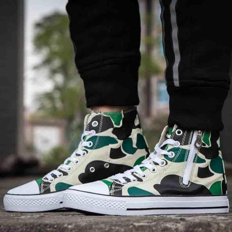 High Top Wholesale Cheap Breathable Camouflage Men′s Canvas Rubber Shoes