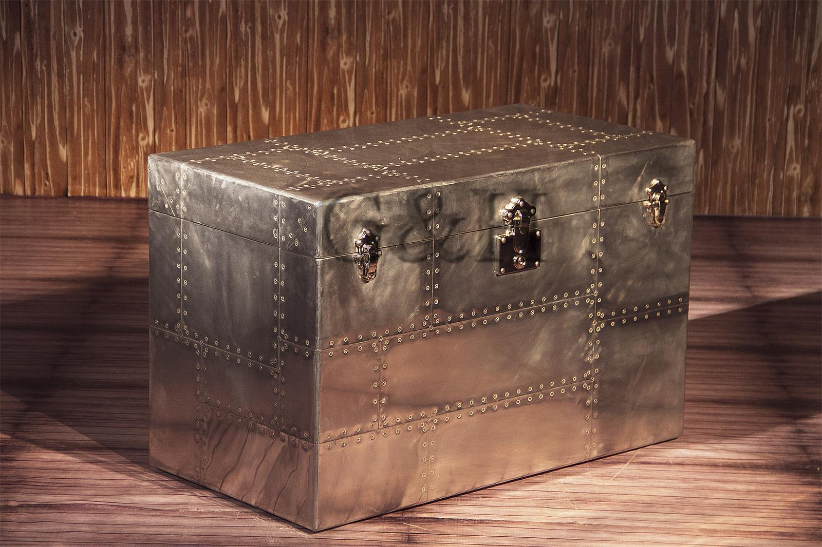 Home Furniture Multi Function Aviator Storage Trunk/Antique Aluminium Decorative Trunk/Vintage Side Cabinet