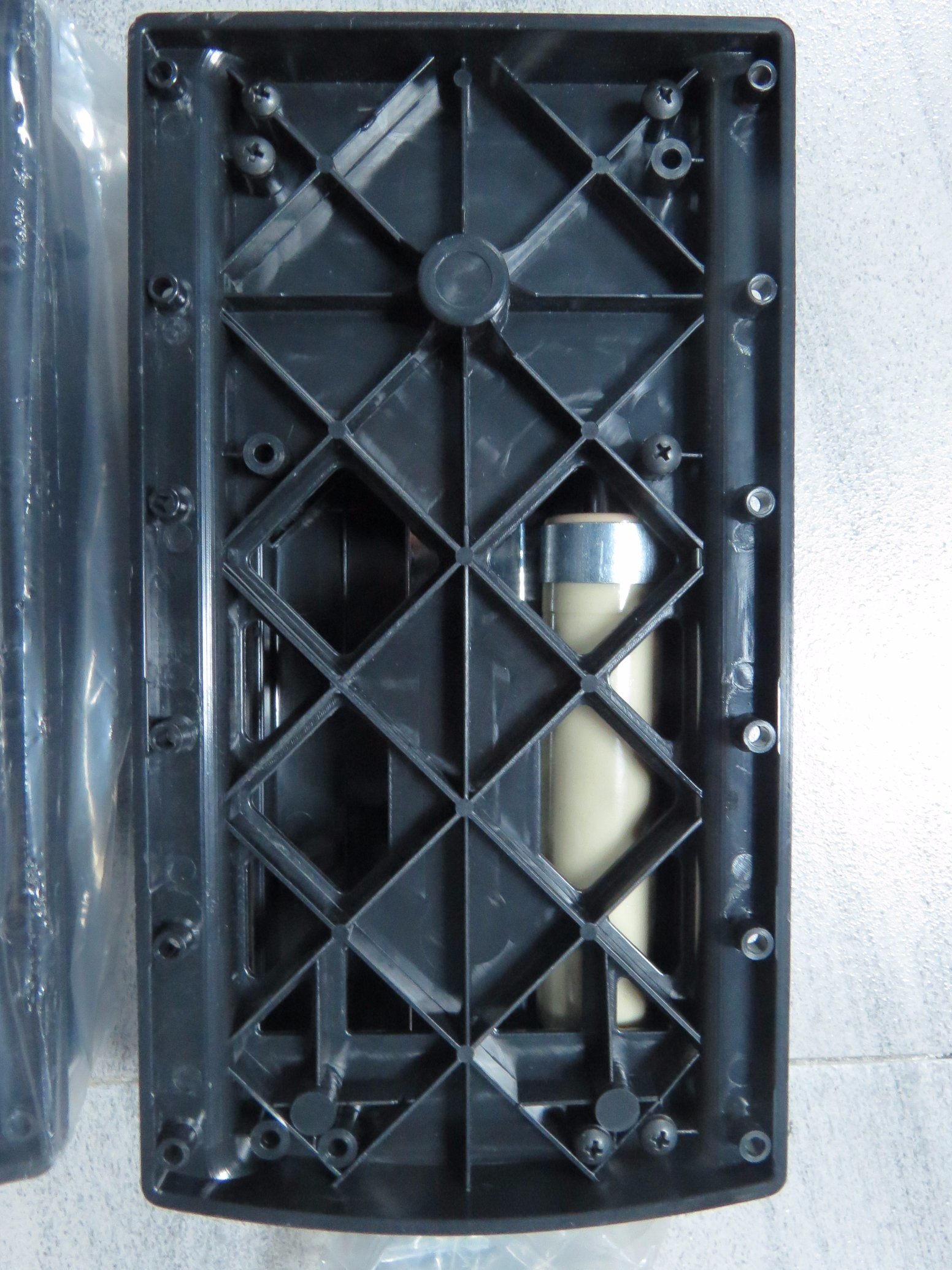 Pull-Down Closet Lift with Iron and ABS, Black and Silver Color