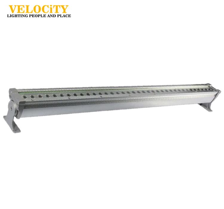 24V 18W CREE LED Light Bar for Outdoor Lighting, Full Color Light Bar