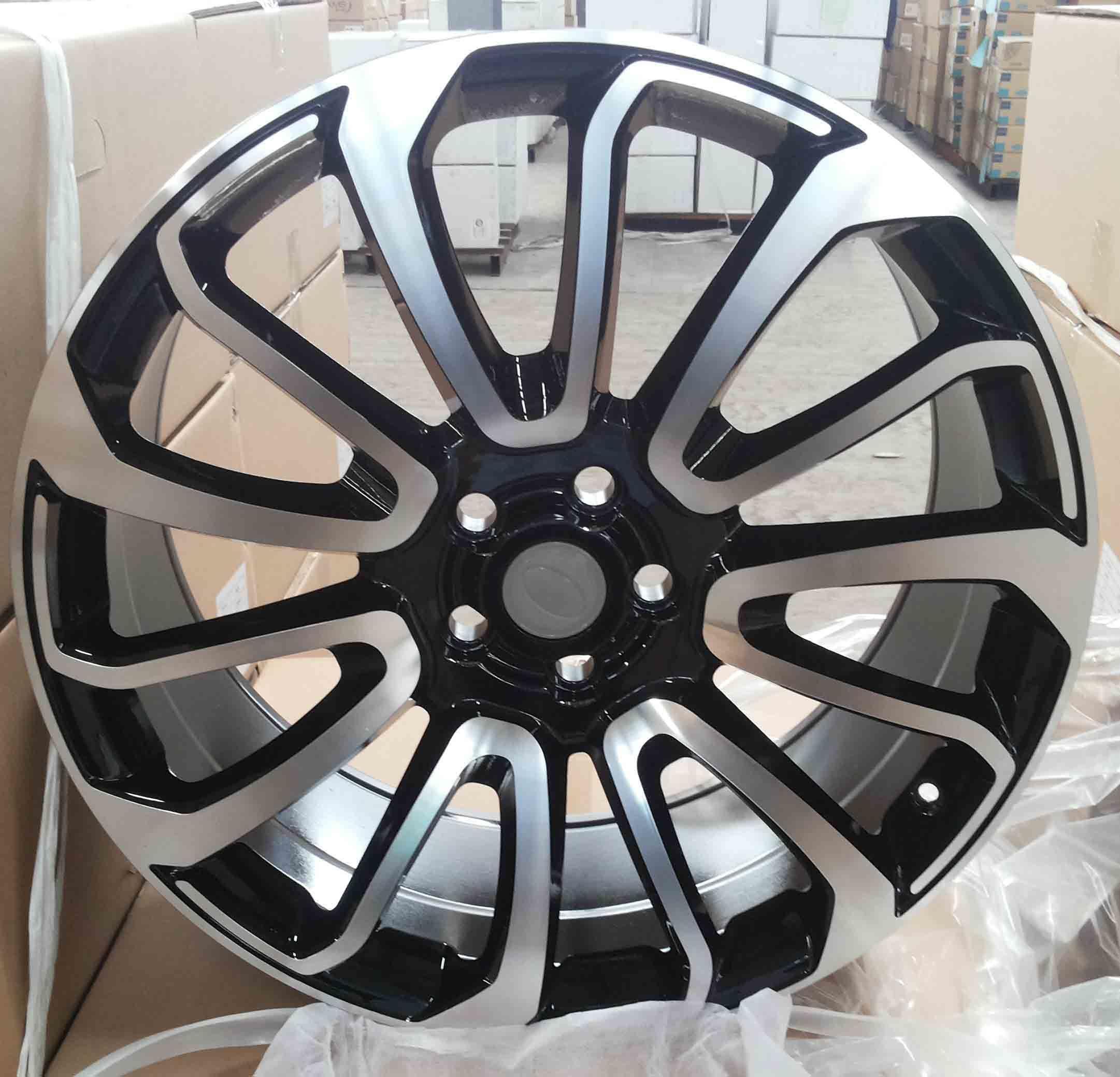 Replica Land Rover Alloy Wheel (HD849)