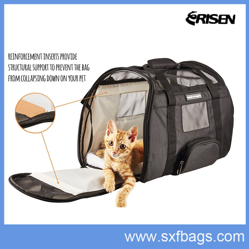 Portable Dog Carrier Fashion Convenient Pet Carrier