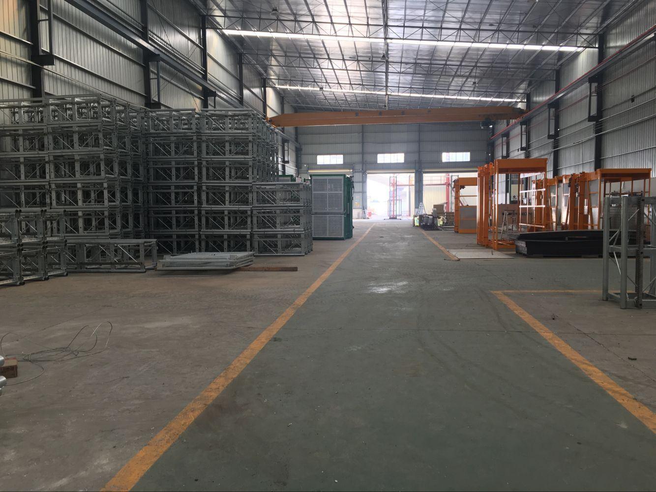 Sc120/120 Frequency Inverter Building Hoist for Lean Construction Site