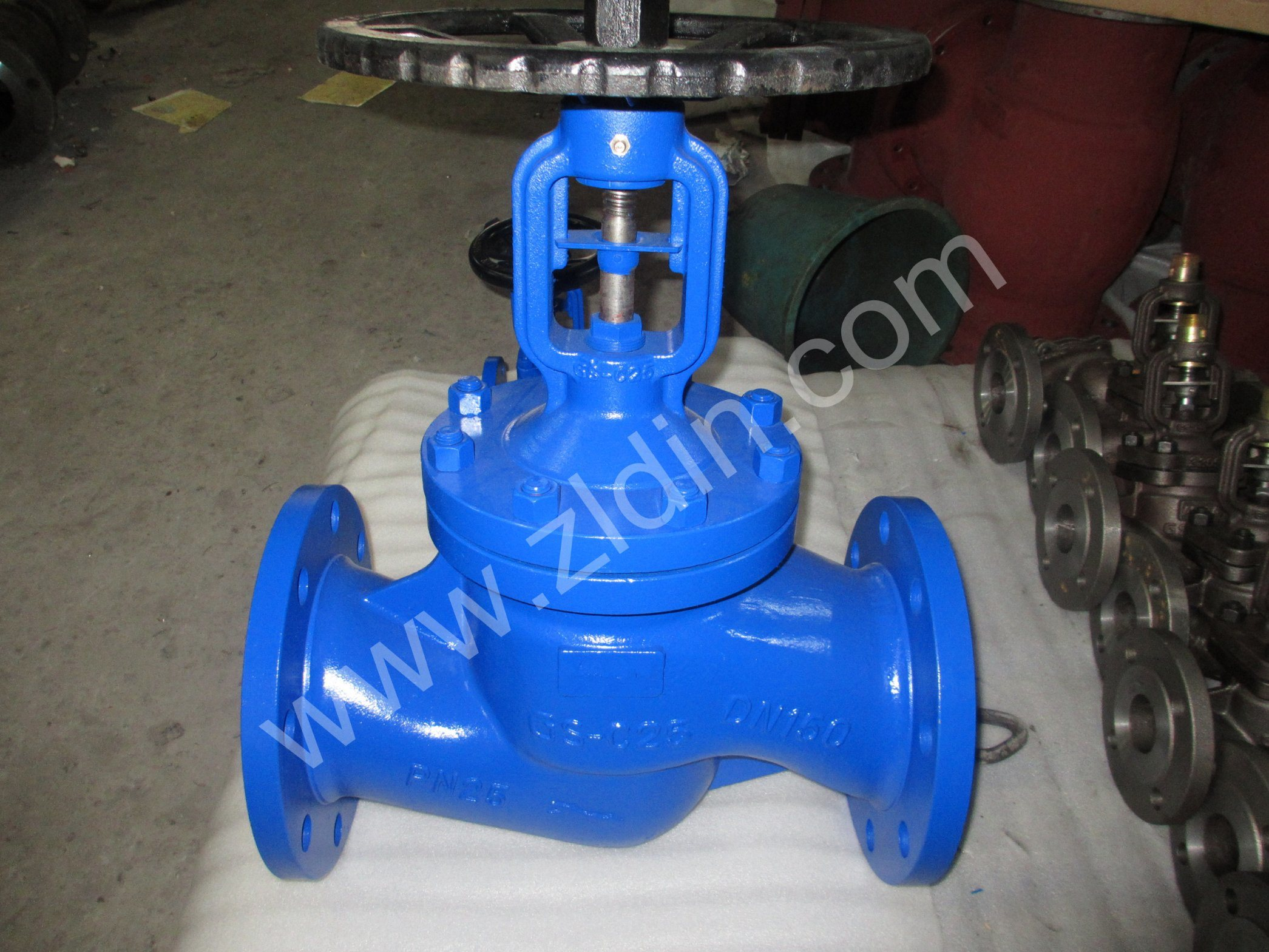 DIN Carbon Steel Bellows Sealed Globe Valve for Steam System