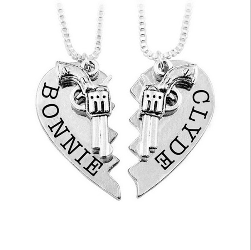 2PCS/Set Thelma Louise/Bonnie Clyde Pistol Gun Heart Pendant Lover Couple Necklace