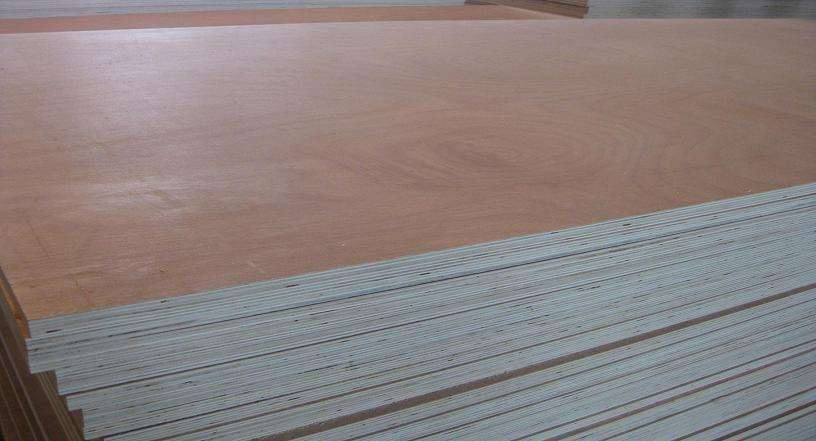 Competitive Price 15mm Okoume Face E2 Glue Combi Core Plywood