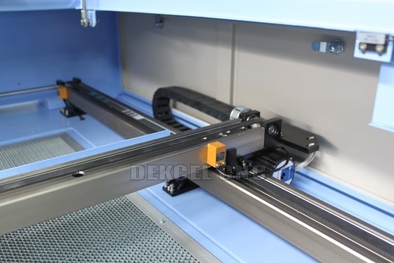 100W Leather, Acrylic, Wood, Cloth CO2 Laser Cutting Machine Laser Cutter