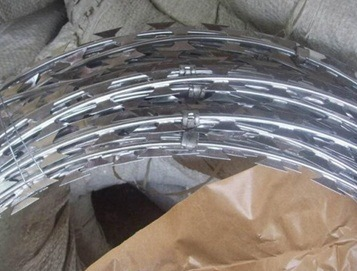 China Hot Dipped Galvanized Concertina Cross Type Razor Barbed Wire Supplier