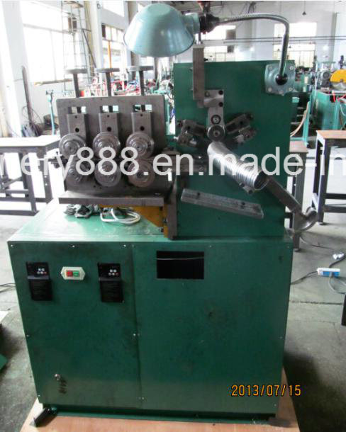 Double Locked Flexible Metal Hose Forming Machine