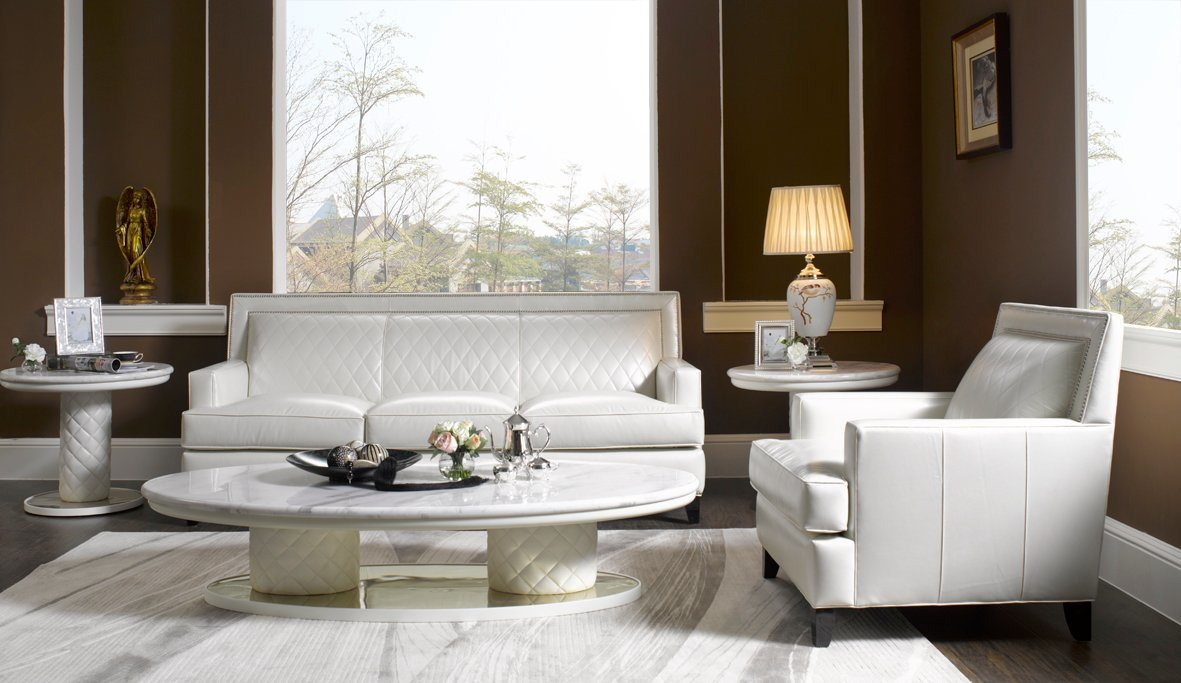 New Classic Leather Sofa in Furniture (A24)
