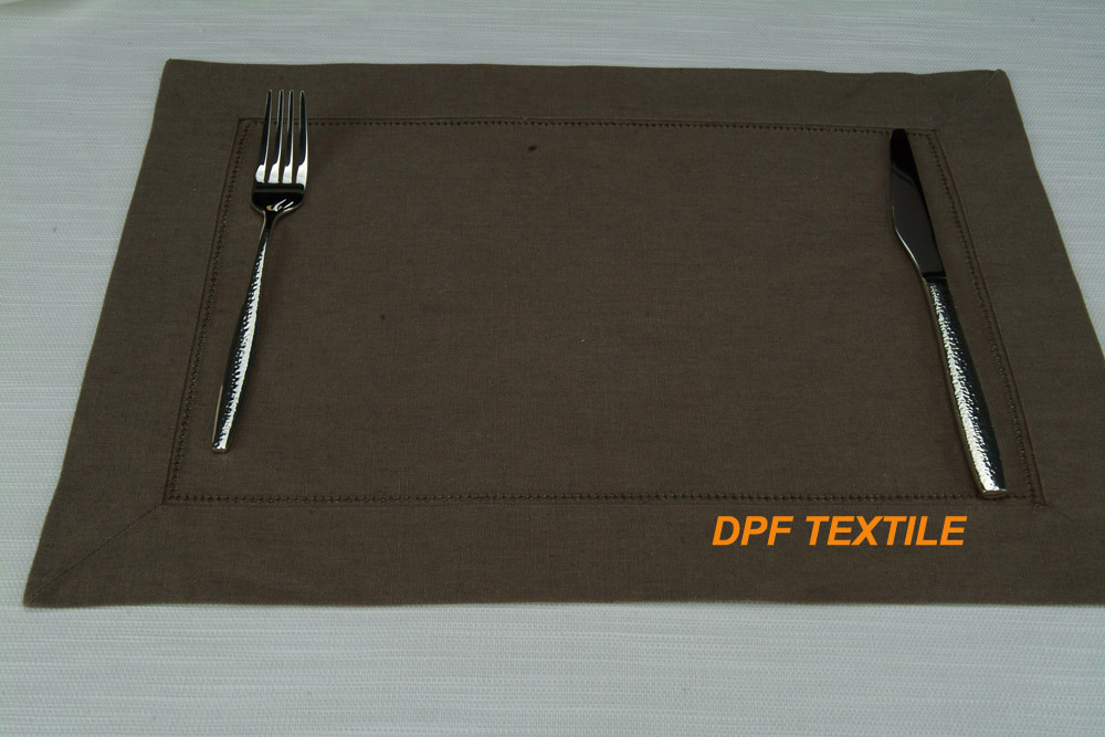 Hot Selling PVC Material Plastic Table Mat Durable Place Mat (DPR6102)