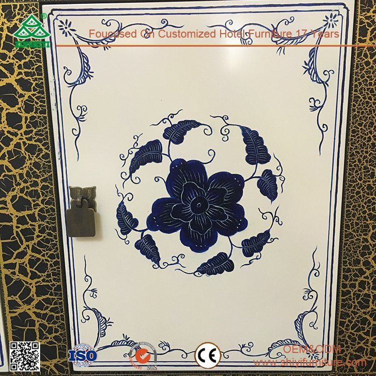 Blue and White Porcelain Painting Wood Sideboard