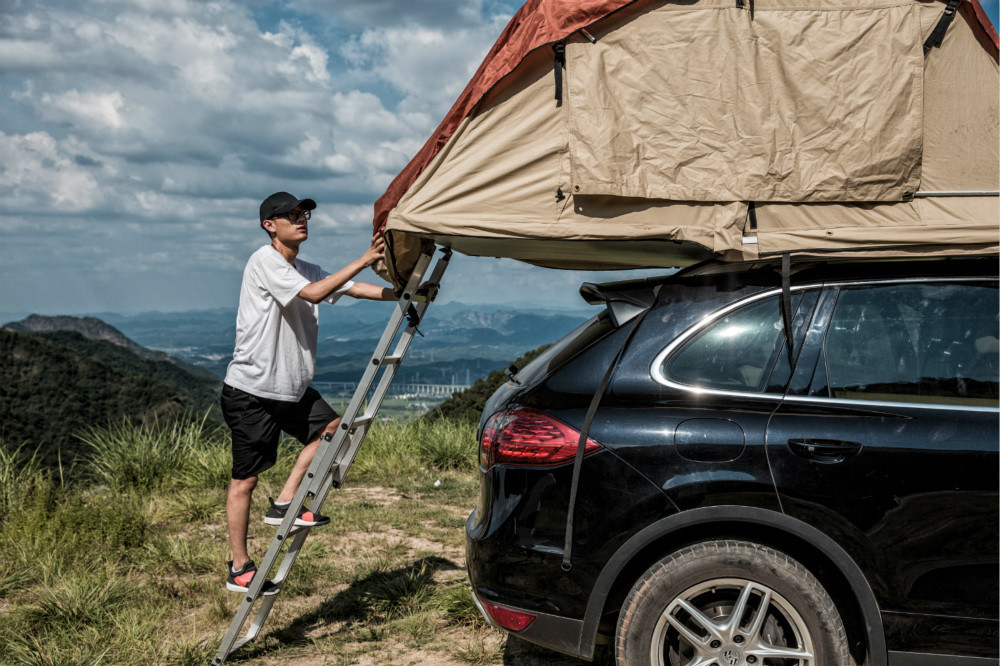 2017 Hot Sell Car Roof Top Tent Overground Camping Tent for Family