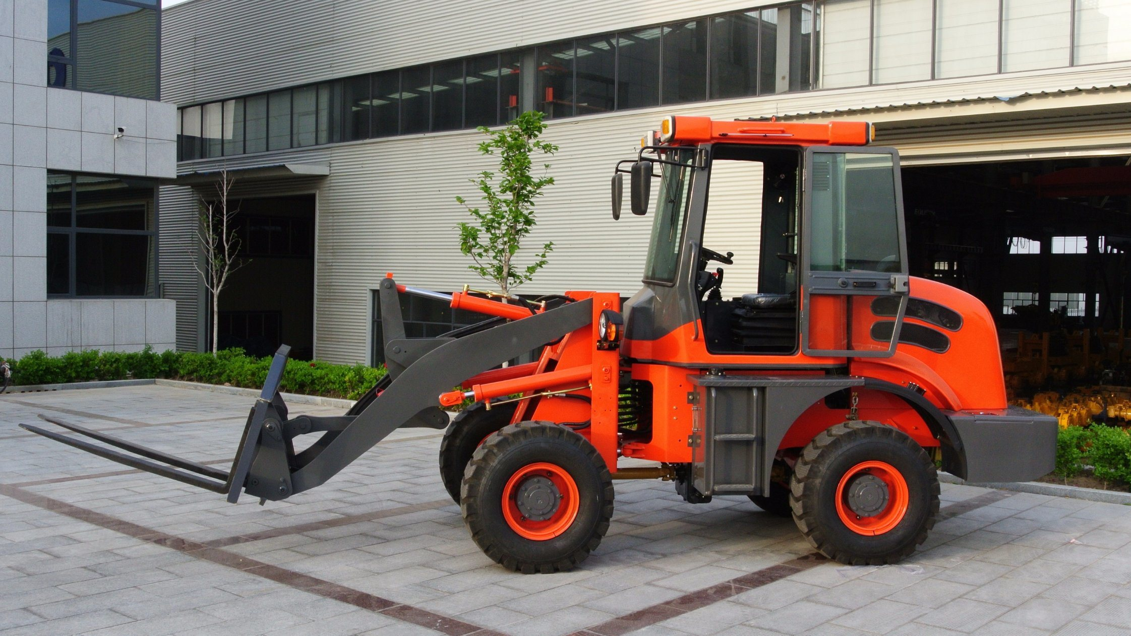 Professional Supplier 1.6ton Hydraulic Mini Wheel Loader