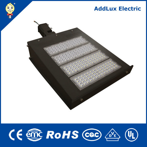 IP65 110-277V 347V-480V 200W 240W LED Flood Light for Parkinglot