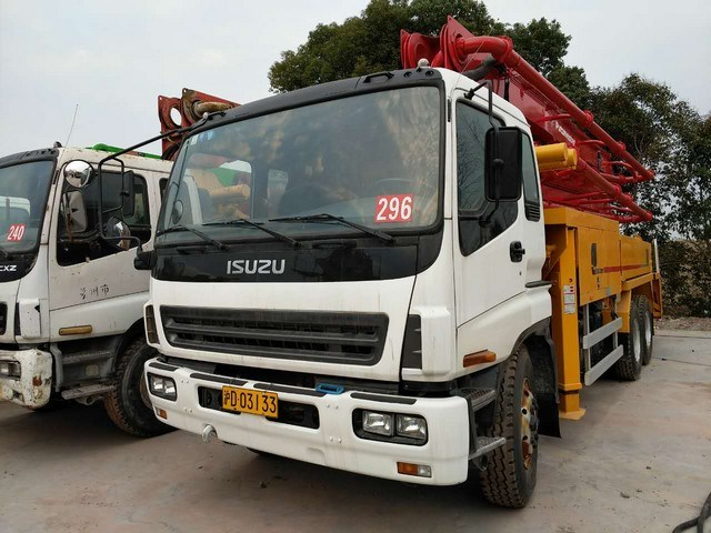 Good Condition Used Putzmeister Concrete Pump Truck 37m for Sale