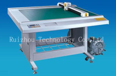 Digital Shoes Plastic Pattern Cutting Machine (RZCAM-0906A)