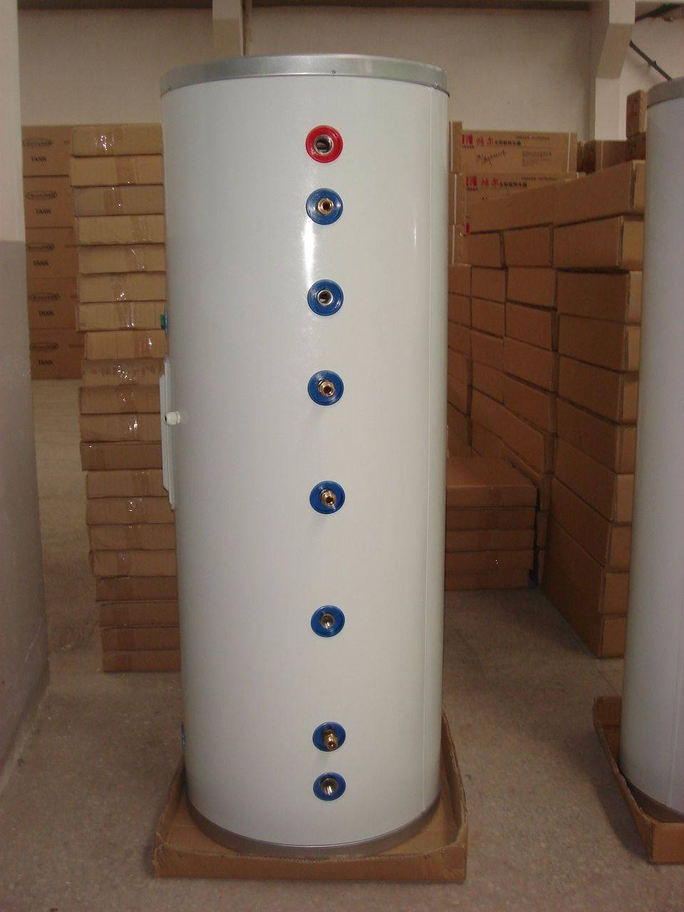 Double Copper Coil Pressure Solar Water Tank with CE Certificate