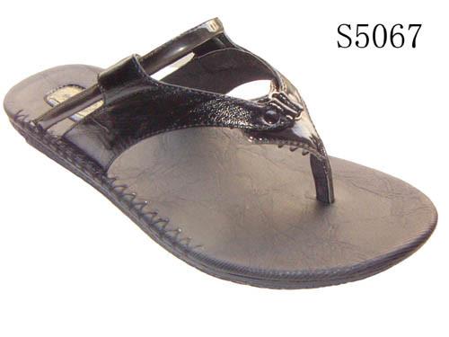 Outdoor Footwear | Walking Hiking Boots, Shoes ... - Blacks