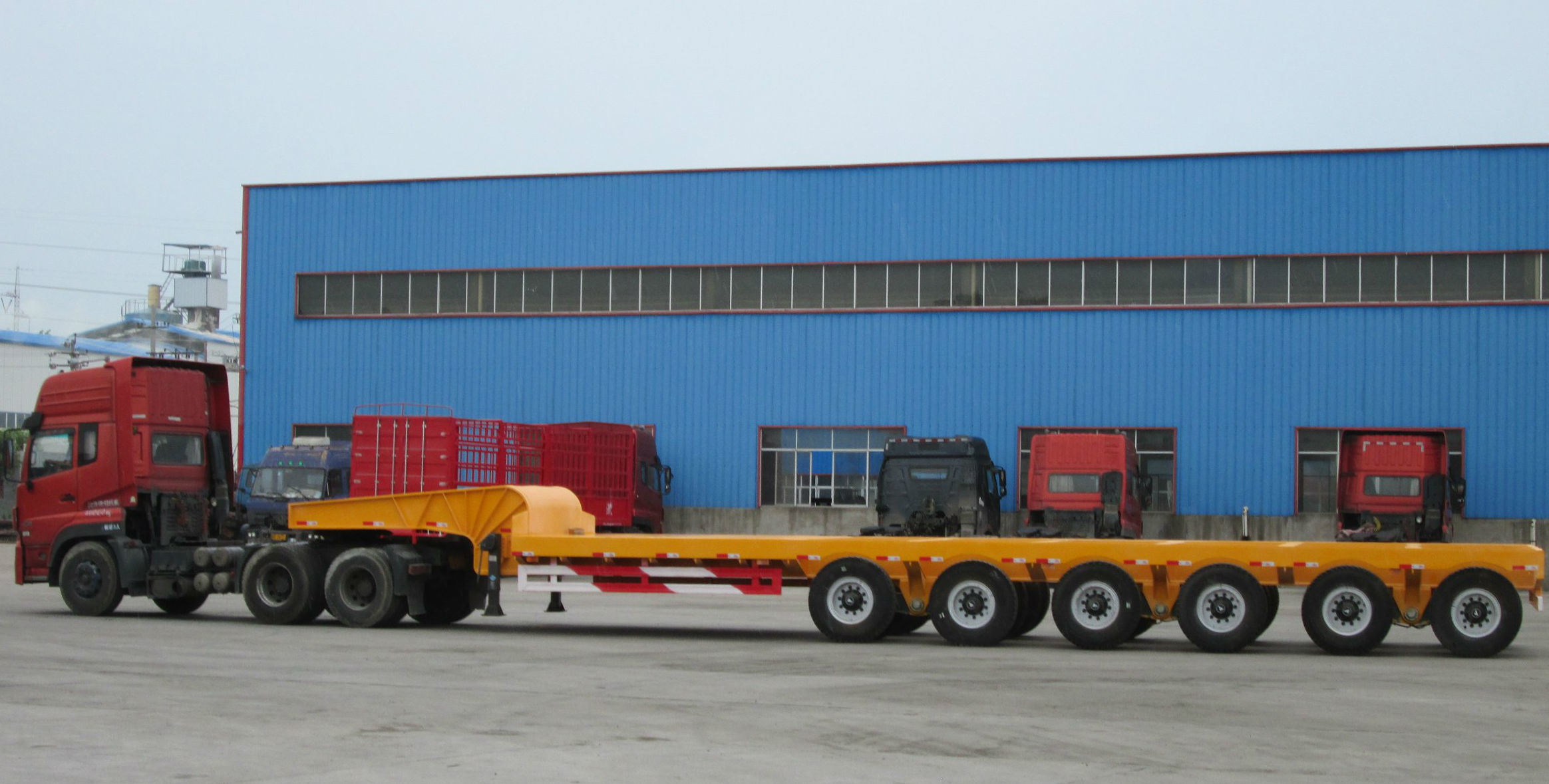 3 Axles Super Low Bed Flatbed Vehicle Semitrailer