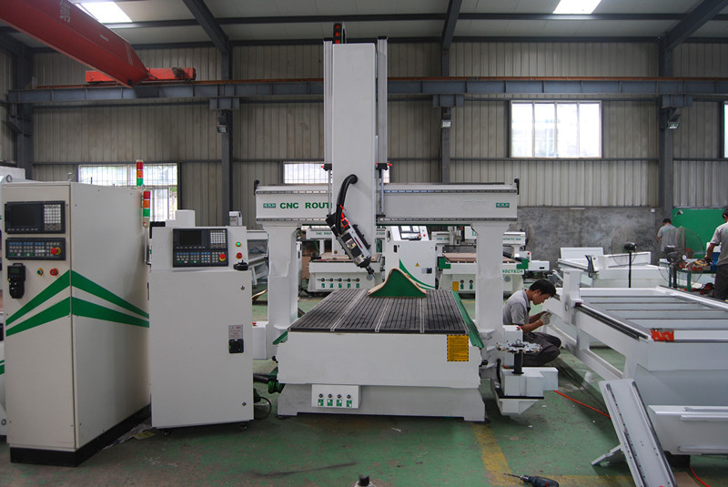 4 Axis CNC Router CNC Working Center (VCT-SR1530HD-ATC)