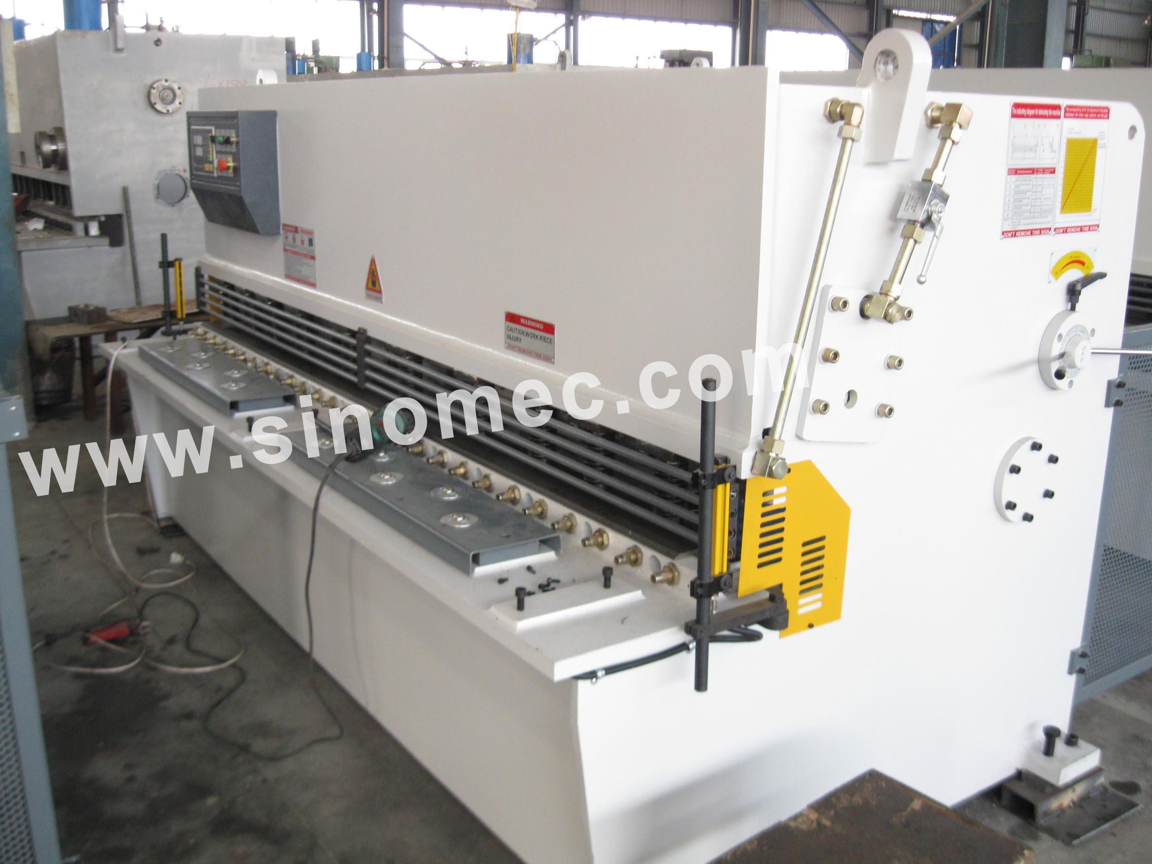 Nc Guillotine Shear / Cutting Machine / Hydraulic Shear Machine (QC12Y-8X3200)