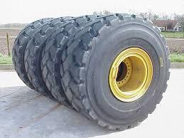 Tires for Cat 960 Wheel Loader