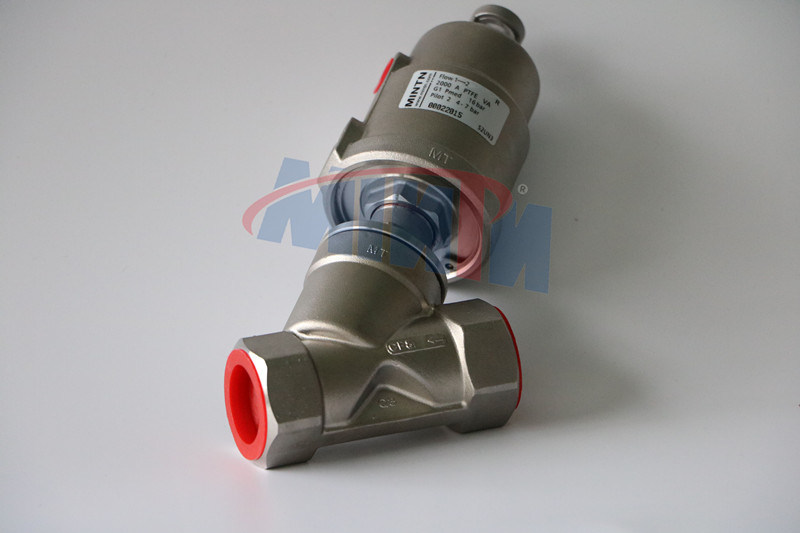 Q3-Pneumatic Angle Seat Valve Thread Ends