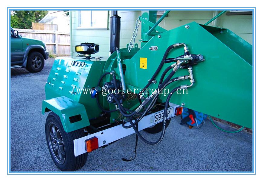 Compare Yanmar Diesel Wood Chipper DH-40, Trailer Mounted Hydraulic Feeing Rolls