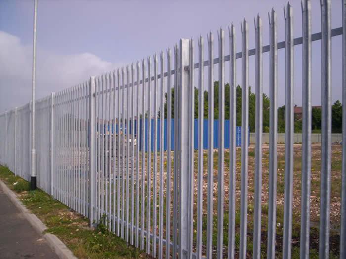 Palisade Fencing - 03
