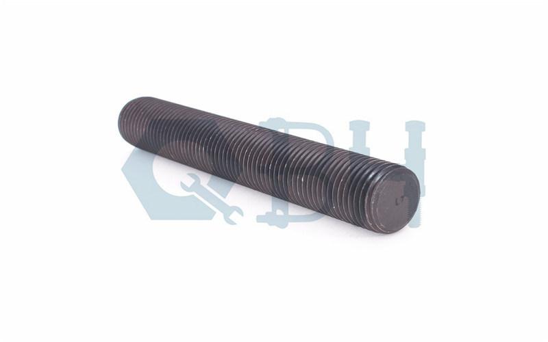 Threaded Rods (ASTM A193 L7 3/8′-4′ Plain)