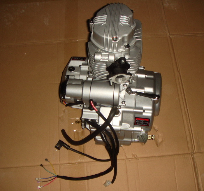 Yog Motorcycle Parts Motorcycle Engine Complete for Honda Cg125
