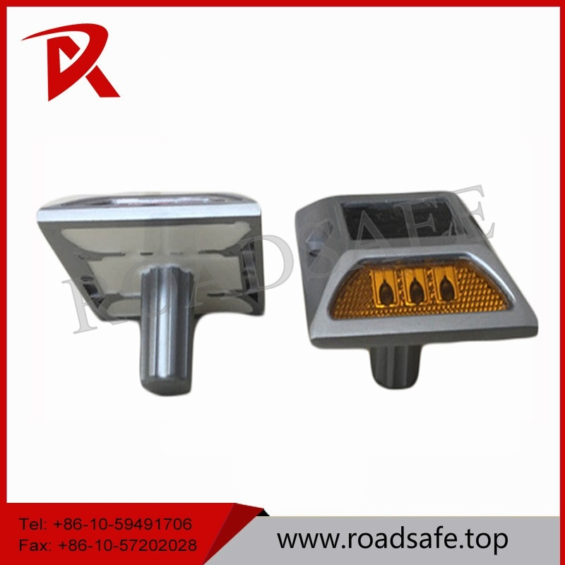 Aluminum Flashing LED Solar Road Marker Cat Eyes Embedded Road Studs
