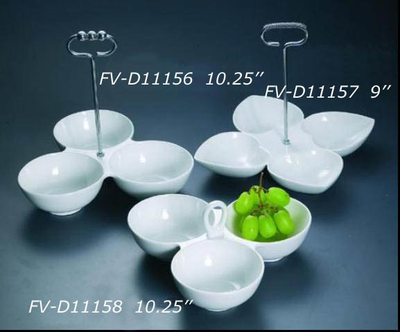 Porcelain Partition Dish with Metal Handle