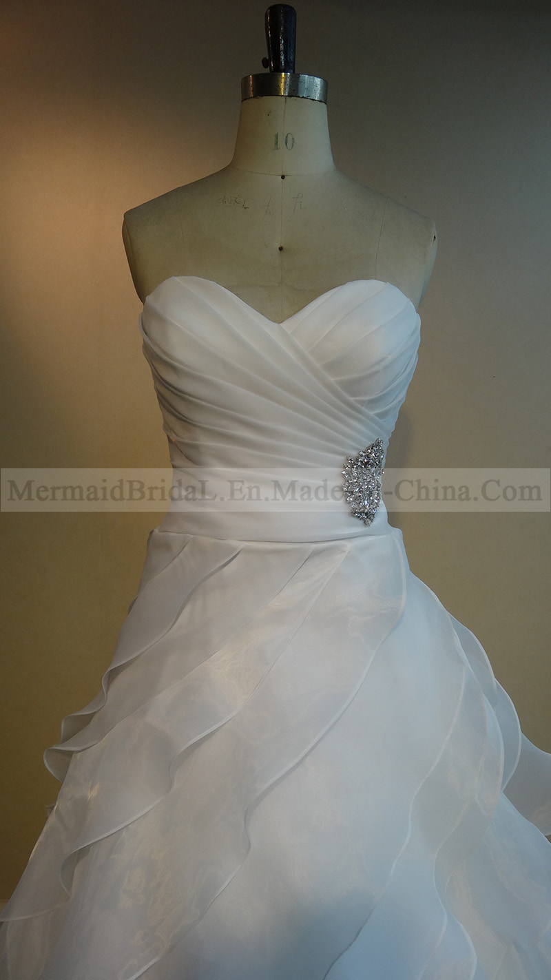 Luxury Ruffles Ivory Organza Wedding Dress