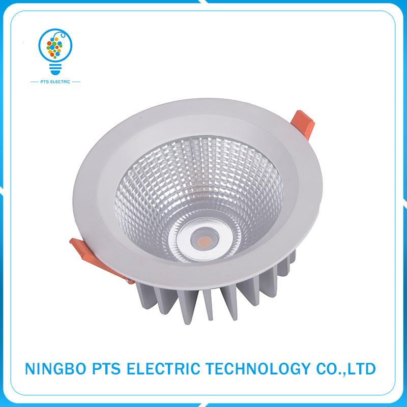 30W 3000lm High Lumen Lighting Fixture Recessed Waterproof LED Downlight IP67